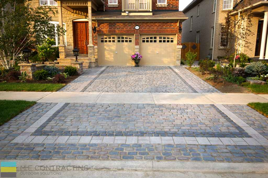 Interlock Driveway With Softscape And Flagstone Front