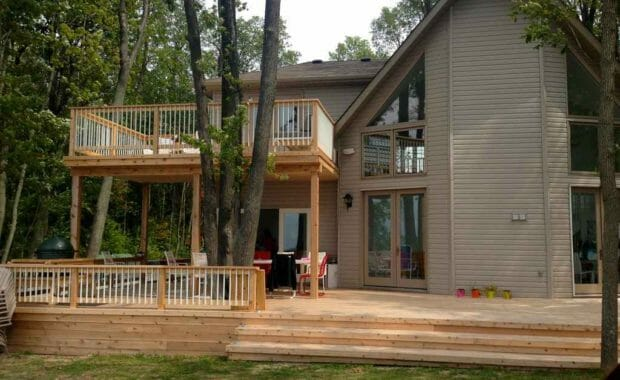 2 Level Cedar Deck at a Cottage