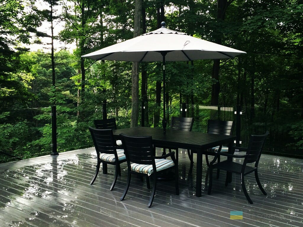 PVC deck with gazebo, aluminum railings with tempered glass and stainless steel clips