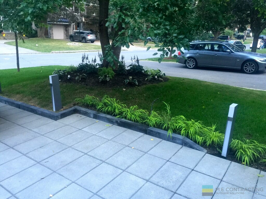 Landscaping with stone driveway