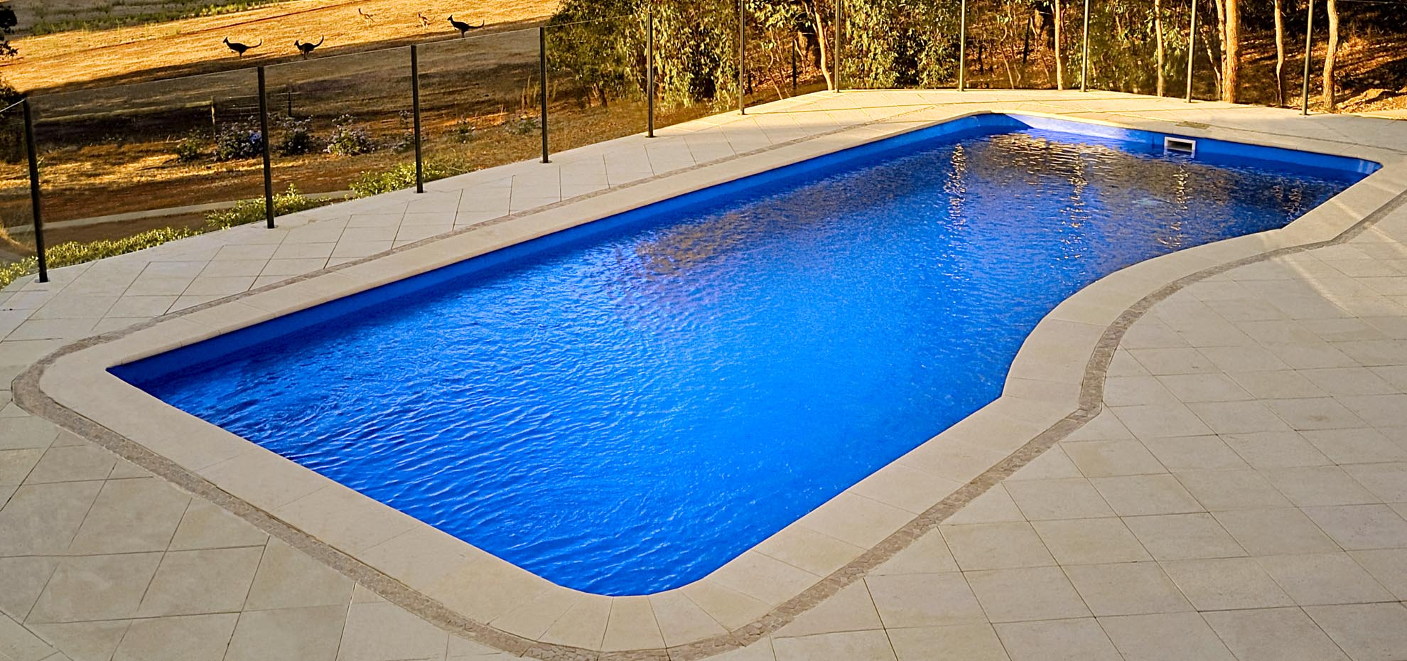 Moroccan design fibreglass pool by Leisure Pools