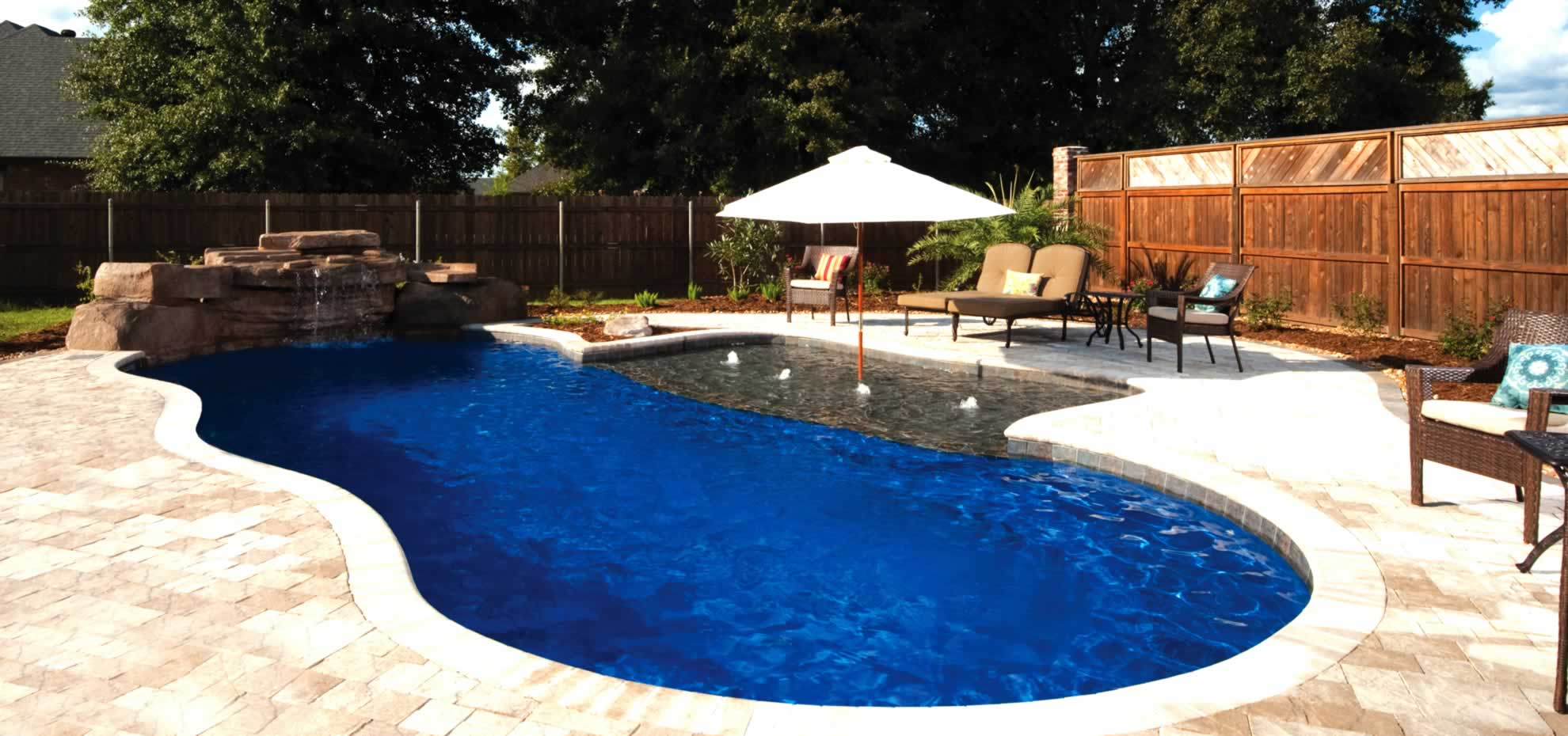 Riviera Fibreglass Pool By Toronto Pool Builder M E