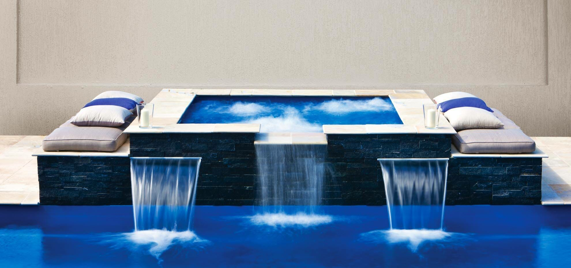 Sorrento Fiberglass pool with water feature by Leisure Pools