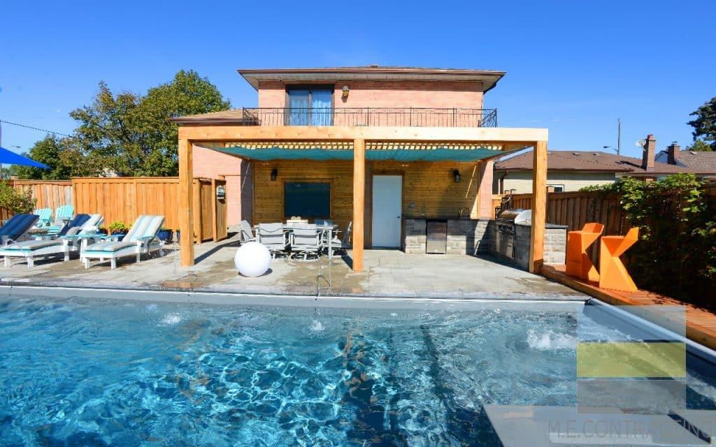 Toronto Pool Company M.E. Contracting-Fiberglass pools