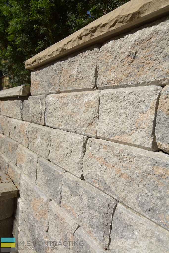 Interlocking stone wall, coping flagstone
