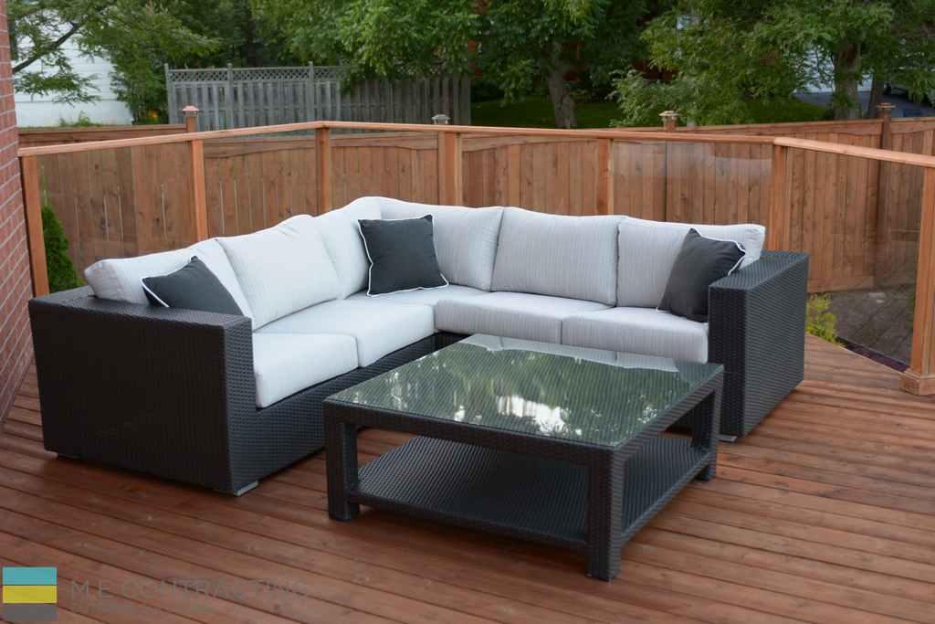 Cedar deck, cedar fence, tempered glass railings, outdoor furniture